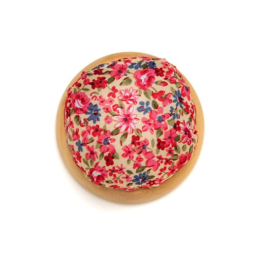 Wooden Bottom Pin Cushion - K002.1.0076 - KR202
